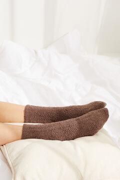 Womensecret Пушистые носки средней длины в рубчик серый
