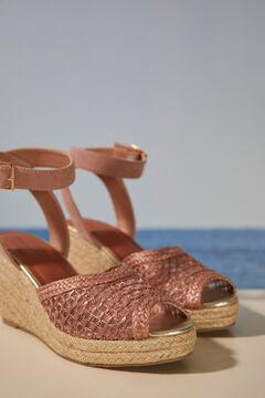 Womensecret Розовые сандалии на танкетке из рафии розовый