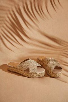 Womensecret Золотистые сандалии на платформе бежевый