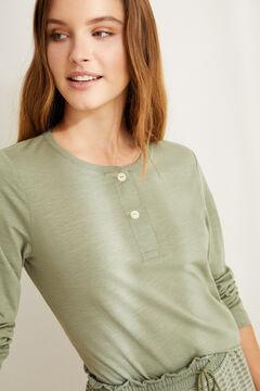 Womensecret Зеленая хлопковая футболка с длинными рукавами и круглой горловиной на пуговицах бежевый
