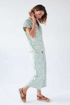 Womensecret Пижама рубашечного типа с брюками капри и принтом в виде листьев зеленый